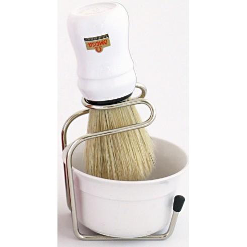 photo de Ensemble de rasage Omega blaireau soie + bol blanc sur support